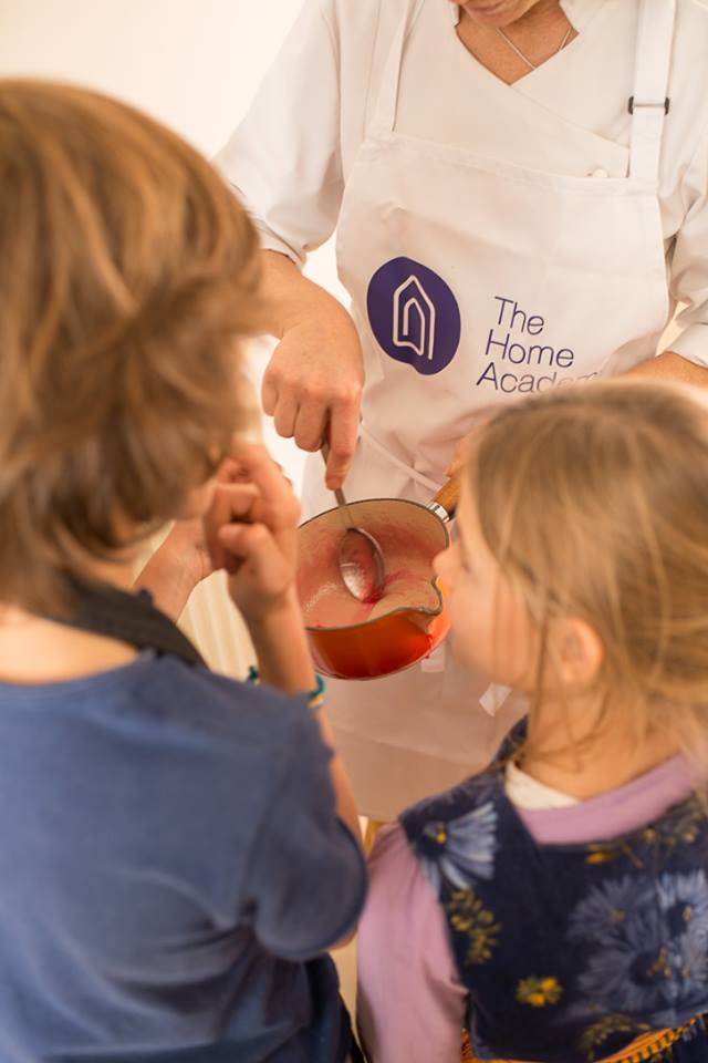 Clase cocina con niños