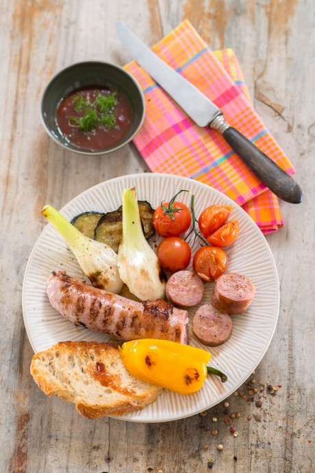 Barbacoa-de-salchichas-y-verduras Cocina Sana The Home Academy